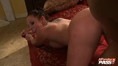 Tugging Busty Gianna Michaels Doggystyle Banging In 4k