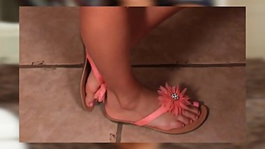 GIANNA NICOLE FEET {CLOSE-UP} {SlideShow} {HD}