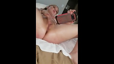 Couple mutual masturbation